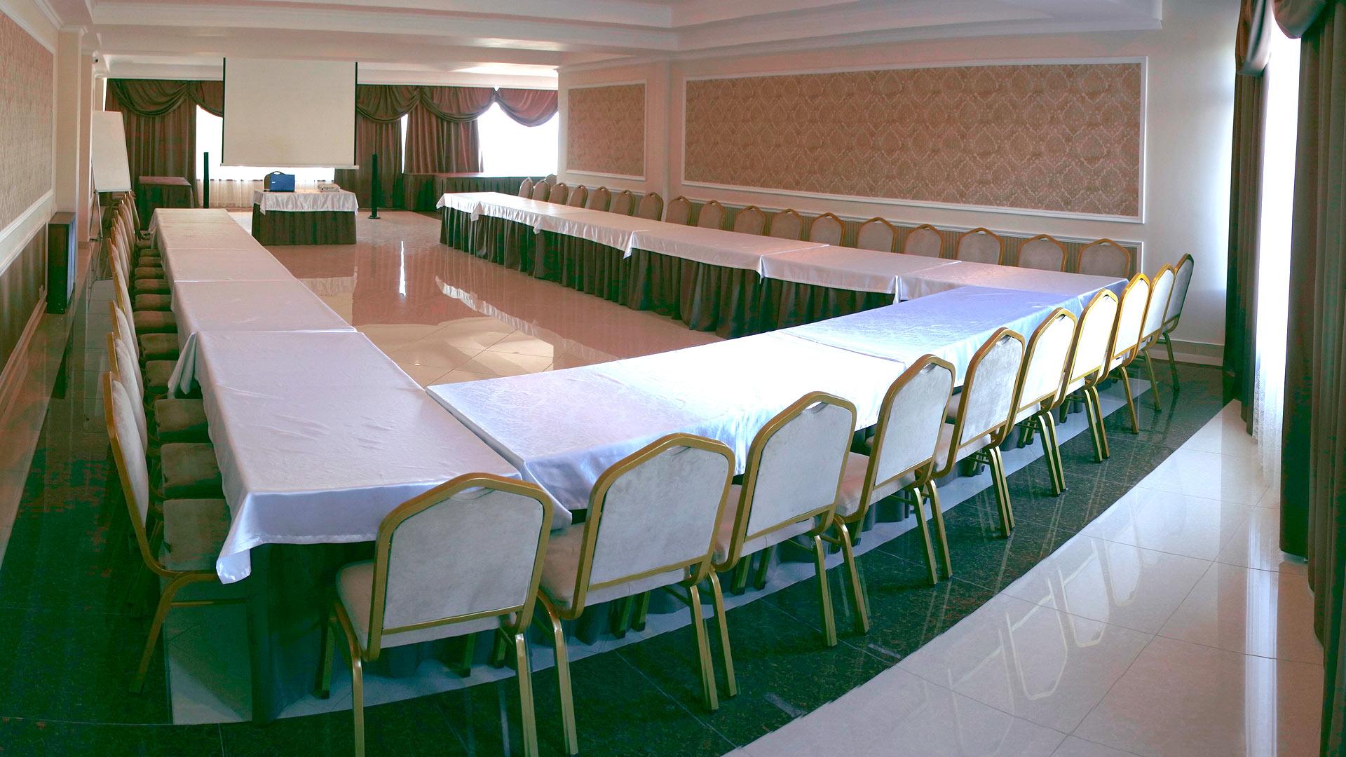 отель AZURE проведение конференций